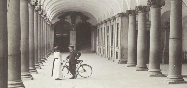 Incontro in Ca' Granda con bicicletta