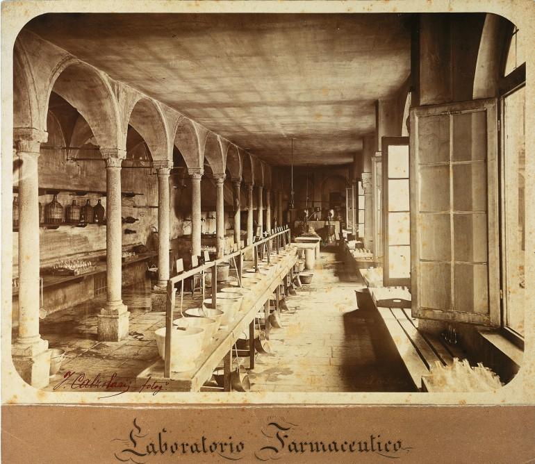 Il laboratorio farmaceutico nel 1866